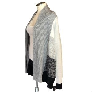 10% Cashmere, 90% WOOL CHUNKY KNIT SWEATER S